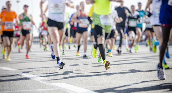 Feet running in marathon